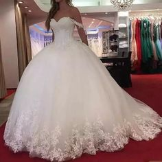 2019 New Arabic Ball Gown Wedding Dresses Sweetheart Lace Appliques Crystal Beaded Off Shoulder Puffy Vestido Plus Size Formal Bridal Gowns - Hochzeitskleid Princess Bride Dress, Princess Ball Gowns, Princess Wedding Dresses, White Wedding Dresses, Bridal Dresses, Tulle Wedding, Backless Wedding, Ivory Wedding, Bridesmaid Dresses