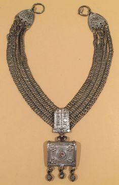 Necklace - Saudi Arabia/Yemen