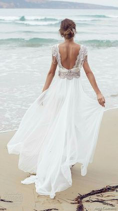 Wedding Dress Sierra by Anna Campbell. - Anna Campbell's new bridal collection will knock your garters off! Featuring the prettiest laces and decadent silver and pearl tone beading, gorgeous Chic Wedding Dresses, Elegant Wedding Dress, Bridal Dresses, Dress Wedding, Beach Wedding Gowns, Lace Wedding, Wedding Dress Trends, Beach Dresses, Backless Dresses