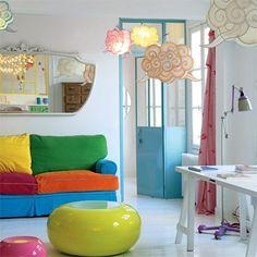 Un salon poétique et coloré - marieclairemaison.com