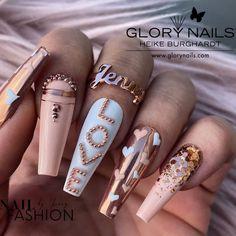 Simple Acrylic Nails, Summer Acrylic Nails, Acrylic Nail Designs, Fabulous Nails, Gorgeous Nails, Pretty Nails, Dope Nails, Fun Nails, Girls Nail Designs