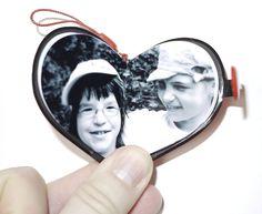 Valentinstag Geschenk Mini Fotobuch in Herzform.  Hier sind noch mehr Anbieter von Mini Fotobüchern: www.fotobuchtipps.de/7-anbieter-die-ein-mini-fotobuch-anbieten