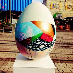 """Sliver"" by Meghan Geliza for the 2014 Whittaker's Big Egg Hunt New Zealand  #painting #popsurrealism #acrylics #colour #sculpture #3D #Christchurch #NewZealand"