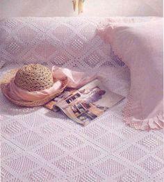 Dantel yatak örtüsü ve  şeması http://www.canimanne.com/dantel-yatak-ortusu-ve-semasi-5.html
