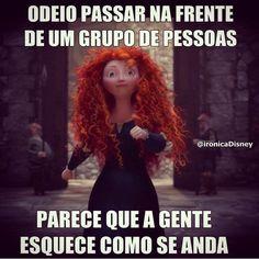 Andar Pessoas Disney Memes, Disney Quotes, Disney Pictures, Funny Pictures, Boyfriend Memes, Funny Phrases, Lost Girl, Good Jokes, Princesas Disney