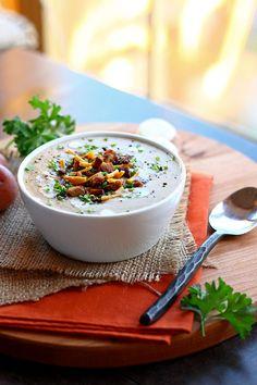 Vegan Baked Potato Soup - ilovevegan.com #vegan #vegetarian #glutenfree @LittlePotatoCo