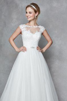28 Ideas For Fashion Drawing Dresses Wedding Dressses Bridal Gowns, Wedding Gowns, Fashion Show Themes, Fashion Drawing Dresses, Wedding Dressses, Hippie Costume, Fall Dresses, Wedding Styles, Vintage Dresses