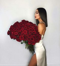 25 Pretty Makeup Looks to Try in 2019 Tumbrl Girls, Bob Lace Front Wigs, Black Bob, Luxury Flowers, Birthday Photography, Instagram Girls, Disney Instagram, Rose Bouquet, Photography Poses
