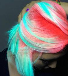 Blue and pink hair, mint hair, neon hair, yellow hair, summer hairstyle Cute Hair Colors, Pretty Hair Color, Beautiful Hair Color, Hair Dye Colors, Mint Hair Color, Blue And Pink Hair, Bright Blue Hair, Bright Hair Colors, Yellow Hair