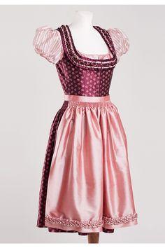 Exclusive designer dirndl Loreli including Dirndl blouse by Sonja Fellner Austria | Trachteria