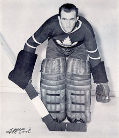Hockey Goalie, Ice Hockey, Hockey Highlights, Maple Leafs Hockey, Toronto Maple Leafs, Nhl, Winter Jackets, Retro, 1930s