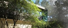 Taproot Studio in Dallas, Texas has designed this modern home which cantilevers out above a property overlooking the beautiful Turtle Creek. Dallas Texas, Custom Homes, Contemporary Design, Turtle, Mid Century, Studio, Outdoor Decor, Modern, Beautiful