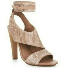 !SALE! Runway Python Shoe Weekend Promo! Gorgeous Mauve Runway Python shoe with sanded cork heel and velcrow ankle strap. So unique! Great design shoe; built in platform to level arch and provide support. 4 inch heel. Preloved but shoes are in excellent condition! Worn twice. BCBGMaxAzria Shoes