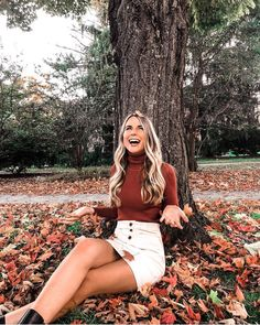 "EMILY ♥📍Rhode Island on Instagram: ""Yes, after this shoot I found tons of leaves in my hair😂 I can't get over this outfit though!! This turtleneck is so comfortable, I highly…"""