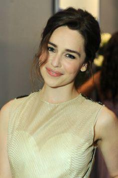 Emilia Clarke' firmaniyek