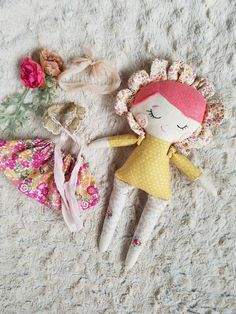 Mini Flower cloth doll Coral felt hair muslin cotton hand