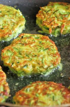 Low FODMAP Recipe and Gluten Free Recipe - Spiced zucchini fritters http://www.ibs-health.com/low_fodmap_spiced_zucchini_fritters.html