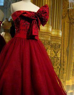 Christian Dior Gown - A-FREAKIN'-MAZING!