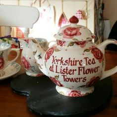 Emma Bridgewater Rose & Bee 4-cup teapot, personalised for Kate Lister Flower Design, Grimsby