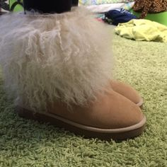 UGG boots UGG boots. Perfect condition. Only work 3 times. Super cute and comfy. Sandy color. UGG Shoes Winter & Rain Boots