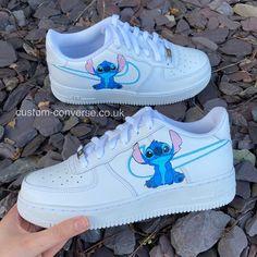 Teen Girl Shoes, Jordan Shoes Girls, Custom Jordan Shoes, Neon Nike Shoes, Cute Nike Shoes, Air Force One Shoes, Swag Shoes, Hype Shoes, Womens Fashion Sneakers