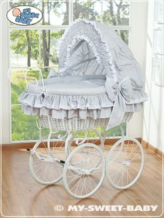 Wicker Crib Retro Vintage Moses Basket bassinet in Grey-White  #babyshoppingmarket #wicker #crib #retro #vintage