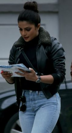 Bollywood Girls, Bollywood Celebrities, Badass Style, My Style, Priyanka Chopra Hair, Winter Fashion Outfits, Casual Outfits, Female Fighter, Work Looks