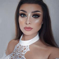 """10.3k Likes, 141 Comments - Jessica-Rose Silicz (@jessicarose_makeup) on Instagram: """"Bronzed and glowing ✨☀️ even though it's a gloomy, rainy day here in England   Face -…"""""""