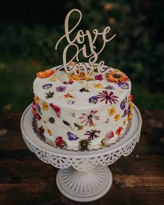30 Small Rustic Wedding Cakes On A Budget ❤ small rustic wedding cakes small tasty cakes with wild flowers #weddingforward #wedding #bride