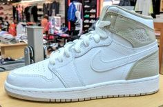 Im so happy I can wear GS sizes 🔥🔥🔥🔥🔥😀👌💪👈💓💓💓 Our First Look At The Air Jordan 1 High GS Linen