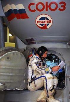 Russia, prove di volo per gli astronauti Iss