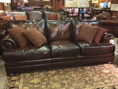 Dark brown leather couch #living #furniture #designs #decor explore freeds.net