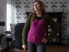 Ravelry: Ribbed Shrug pattern by Erika Knight