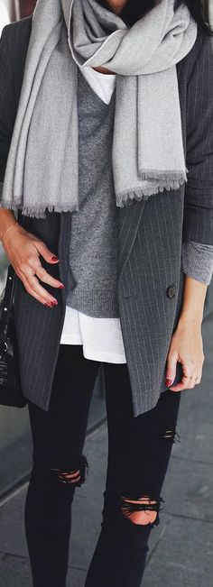 Autumn Street Fashion | Layering Tones of Grey