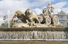 Las fuentes más bellas del mundo....  La famosa Fuente de Cibeles, ubicada en Madrid, España fue cosntruida por el rey Carlos III