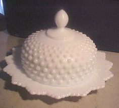 Dome Top Fenton Milk Art Glass Hobnail Round Covered Cheese Dish