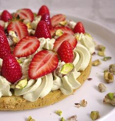 20 desserts aux fraises qui vont vous donner des idées cet été : la fraise liégeoise, un vrai délice...