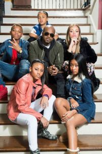 Queen Latifah & Jermaine Dupri Team On 'The Rap Game' For Lifetime Supa Peach, Young Lyric, Peach Clothes, Jermaine Dupri, The Rap Game, The Cw Shows, Love My Man, Queen Latifah, Tv Guide