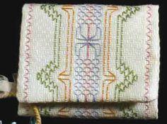 b4b3306cd39c1e0827b80bdf01814c00--swedish-weaving.jpg (236×175)