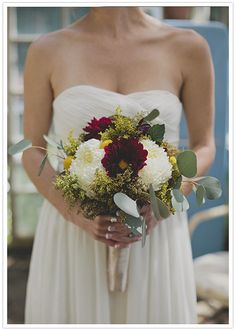 wine red, green and white bouquet