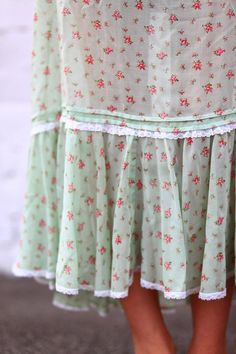 The Honey Diaries- this is totally my goal this year, to sew myself a little homespun dress like this...