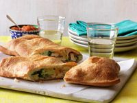 Chicken and Broccoli Stromboli - Healthy Recipe Finder Healthy Meals For One, Healthy Eating Recipes, Easy Meals, Healthy Food, Recipe Finder, Best Chicken Recipes, Pinterest Recipes, Food For Thought, Chicken Broccoli