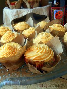 Pumpkin Beer and Brown Sugar Cupcakes: perfect for fall parties! -Sarah