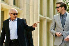 Adam Cassidy (Liam Hemsworth) steht kurz vor seinem beruflichen Aufstieg. Jahrelang hat er ambitioniert auf eine erfolgreiche Karriere im Wyatt Telekommunikations-Unternehmen hingearbeitet. Aber dann macht er einen einzigen Fehler, der der Firma viel Geld kostet. Von seinem Chef Nicholas Wyatt (Gary Oldman) wird er daraufhin hin erpresst und unter Druck gesetzt. Er muss in die Konkurrenz-Firma von Jock Goddard (Harrison Ford) wechseln und dort für Wyatt Industrie-Spionage betreiben.