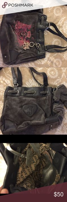 *AUTHENTIC* JUICY COUTURE HAND BAG Authentic juicy couture hand bag in perfect condition. I bought this bag a few years back at the juicy couture store. Juicy Couture Bags Shoulder Bags