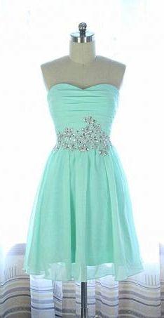 Really pretty short dress!! #adorable