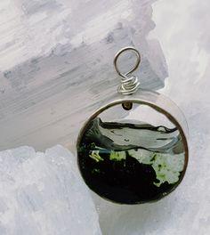 Handmade Sterling silver, resin, pendant