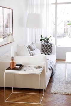Interior Design by David Netto. Atmosphere Interior Design Hospital Home Lottery Fall 2012 A modern white living area. Clean and simple! Home Living Room, Living Room Designs, Living Room Decor, Living Spaces, Small Living, Modern Living, Living Area, Decor Room, Home Modern