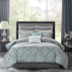 Madison Park Lavine Full/queen Duvet Cover Set In Blue - Dress your bed to impress with the exquisite Madison Park Lavine Duvet Cover Set. The beautiful bedding features jacquard woven fabrication with a affect to bring designer style into any bedroom. Luxury Comforter Sets, King Comforter Sets, Queen Comforter Sets, Duvet Bedding, Echo Bedding, Queen Duvet, King Duvet, Teal Bedding, Kohls Bedding