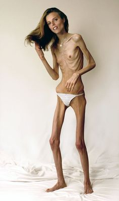 America's Next Top Model that lives on lettuce leaves...when is extreme dieting enough!?    Does this really exists? Weird!